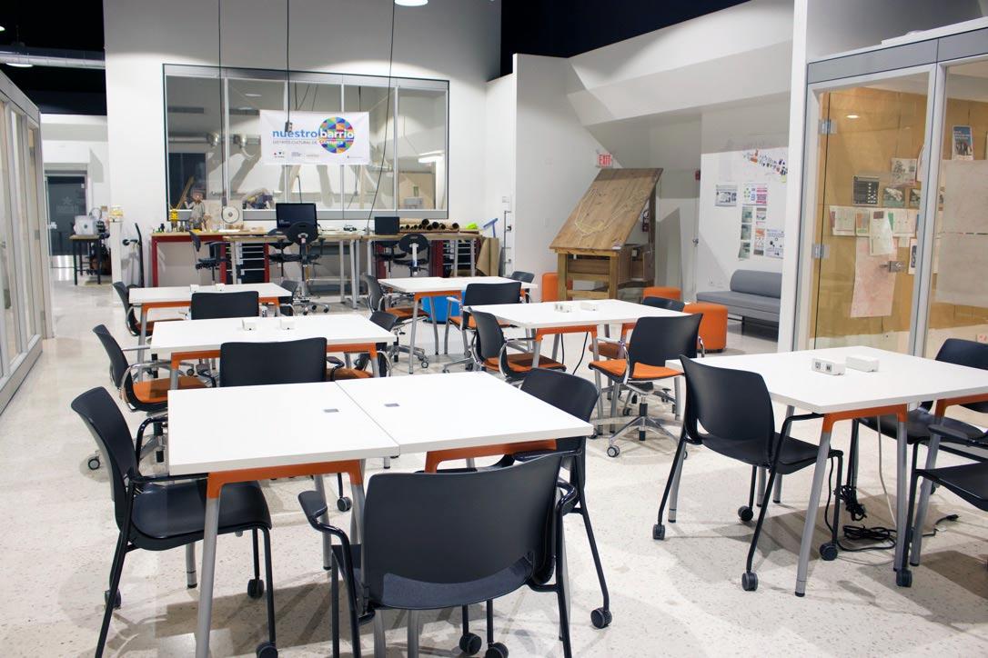 Salón de talleres del Centro de Innovación de Sagrado Neeuko